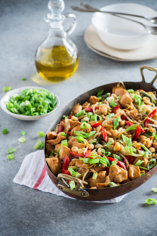 Asian style chicken with nuts and veggies